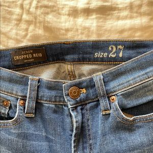Jcrew Cropped Reid size 27, medium wash